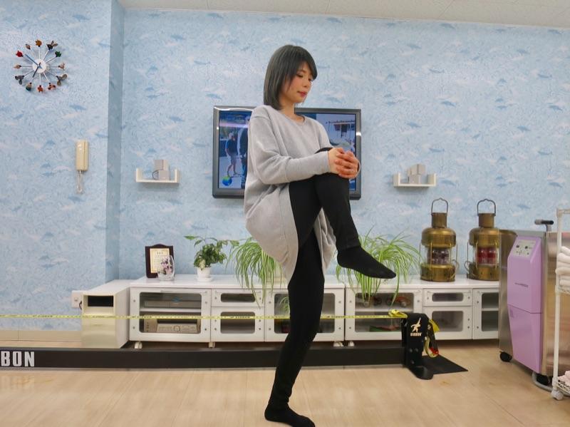 ランナー膝(腸脛靭帯炎)になったら貼るべき基本のテーピング