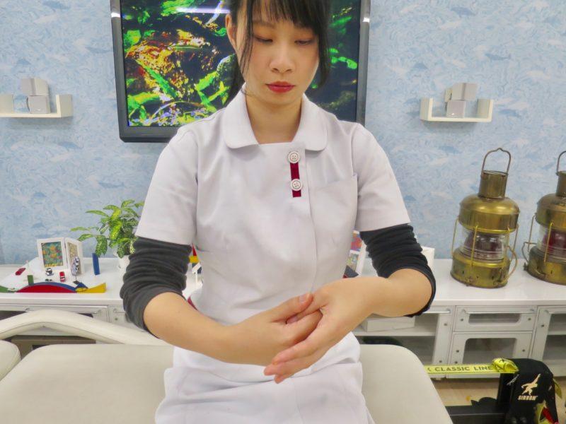 親指の屈曲