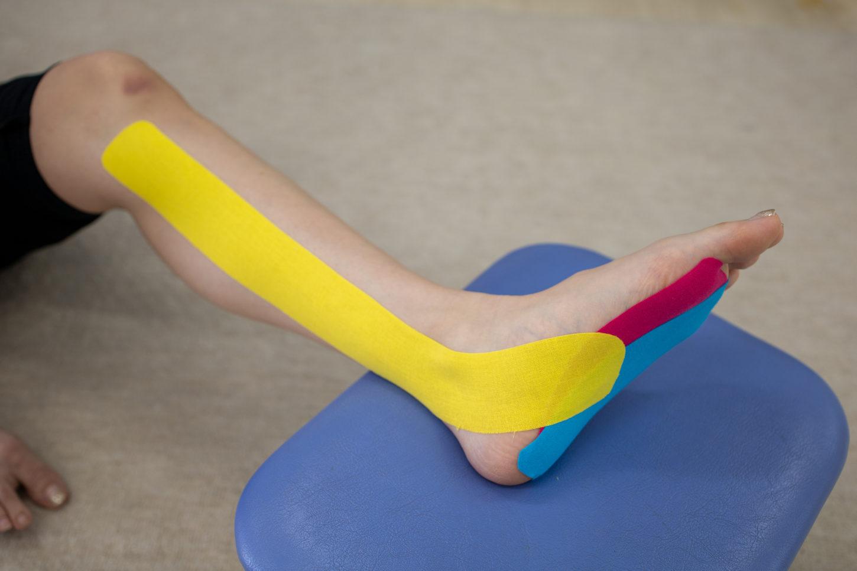 後脛骨筋のテープ